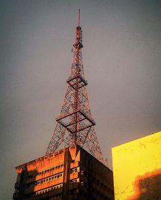 Torre da Paulista by @olhier88 #saopaulocity #torredapaulista #avenidapaulista Conheça também nosso site www.spcity.com.br