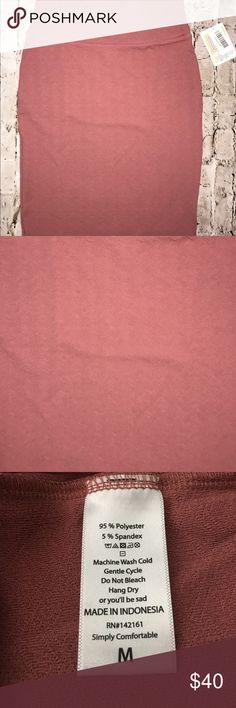 LuLaRoe Cassie LuLaRoe Cassie. Salmon pink! 🎀 Available in size M! LuLaRoe Skirts Midi