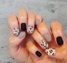 In seek out some nail styles and ideas for your nails? Listed here is our set of must-try coffin acrylic nails for stylish women. Cheetah Nail Designs, Leopard Print Nails, Gel Nail Designs, Nails Design, Salon Design, Ten Nails, Aycrlic Nails, Coffin Nails, Gel Nails