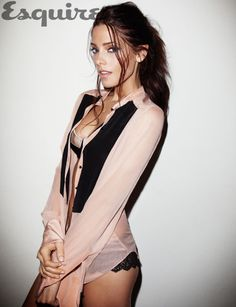 Ashley Greene - the only reason why I watched Twilight.