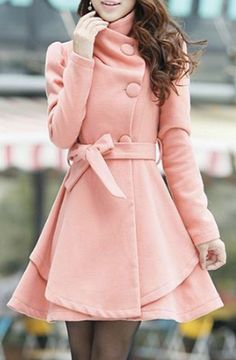 wish I lived someplace where this was appropriate. reminds me of rory's coat in gilmore girls.