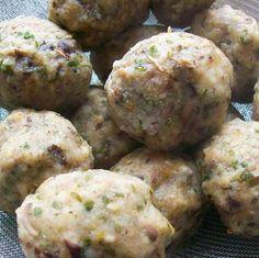 Vargányás gombócok Recept képpel - Mindmegette.hu - Receptek Ethnic Recipes, Food, Essen, Meals, Yemek, Eten
