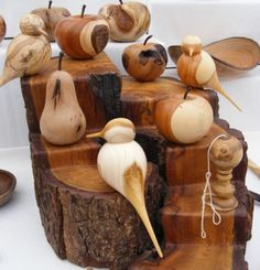Wood Turning Projects - What Is a Beginner Wood Turner to Do? Wood Turning Lathe, Wood Turning Projects, Wood Lathe, Router Wood, Cnc Router, Lathe Projects, Wooden Projects, Wooden Crafts, Learn Woodworking