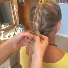 Pull-Through Mohawk Braid Artist:|@sweethearts_hair_design|
