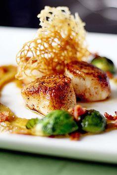 seared sea scallops //Manbo