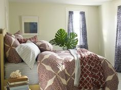 Purchase Bedding That Will Last - 6 Tips for Selecting Luxurious Bedding on HGTV