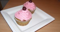 Meggyes cupcake - Süss Velem Receptek