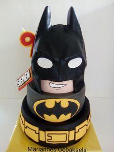 #batman #lego #taart #mariannes #gebaksels #cake #verjaardag #stoer   by mariannes gebaksels