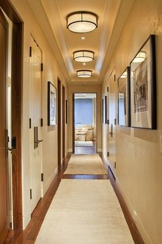 Bright hallway with neutral colors Ceiling. Bright hallway with neutral colors , Ceiling. Bright hallway with neutral colors , Home Wall/Ceiling Ideas Source by Low Ceiling Lighting, Hall Lighting, Overhead Lighting, Lighting Ideas, Entryway Lighting, Lighting Stores, Flush Mount Kitchen Lighting, Dramatic Lighting, Flush Mount Lighting
