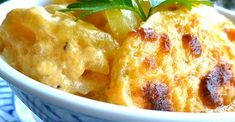 Thinly sliced potatoes and onion are layered in a creamy cheese sauce creating the perfect au gratin potato recipe. Potato Side Dishes, Vegetable Side Dishes, Vegetable Recipes, Thanksgiving Recipes, Holiday Recipes, Easter Recipes, Potatoes Au Gratin, Cheesy Potatoes, Classic French Dishes