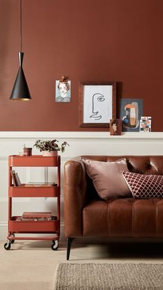Let yourself be inspired by warm terracotta and caverna clay color. This warm, e. - Let yourself be inspired by warm terracotta and caverna clay color. This warm, earthy hue is both c - Room Design, Interior, Living Room Colors, Living Room Decor, House Interior, Room Decor, Earthy Home Decor, Interior Design, Brown Living Room