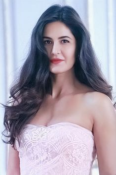 Katrina Kaif Bikini Photo, Katrina Kaif Hot Pics, Katrina Kaif Images, Katrina Pic, Beautiful Bollywood Actress, Beautiful Indian Actress, Beautiful Actresses, Indian Celebrities, Bollywood Celebrities