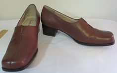 """""""STRICTLY COMFORT"""" BROWN LEATHER HEELED SLIP ON SHOES - PLEASE SEE ALL PICTURES #STRICTLYCOMFORT #LoafersMoccasins"""