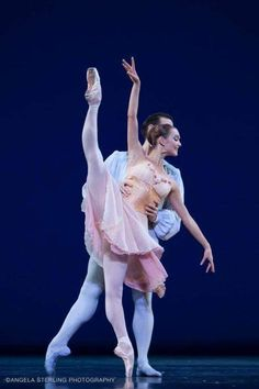 "Jurgita Dronina and Cédric Ygnace in ""Tchaikovsky Pas de Deux"", choreography by George Balanchine Photo © Angela Sterling"