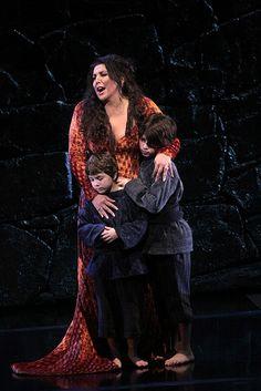 "Metropolitan Opera' ""NORMA"" by Vincenzo BELLINI, Season07-08. Maria Guleghina"