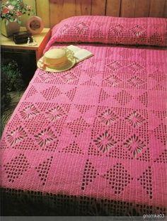 Crochet Bedspread Patterns Part 7 - Beautiful Crochet Patterns and Knitting Patterns Crochet Home, Cute Crochet, Beautiful Crochet, Vintage Crochet, Crochet Bedspread Pattern, Crochet Blanket Patterns, Knitting Patterns, Pink Bedspread, Crochet Tablecloth