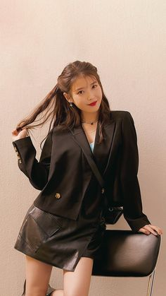 Iu Fashion, Star Fashion, Korean Fashion, Korean Actresses, Korean Actors, Korean Beauty, Asian Beauty, Iu Short Hair, Asian Woman