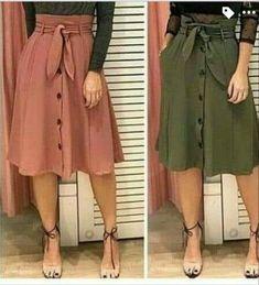 Faltaría la blusa. Que blusa debo usar para esta súper falda? Modest Outfits, Skirt Outfits, Chic Outfits, Spring Outfits, Fashion Outfits, Womens Fashion, How To Make Skirt, Work Fashion, Fashion Design