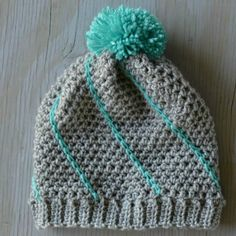 This cute hat works up so quick, and it's so fun to mix and match colors. Get the free crochet pattern. thanks so xox ☆ ★ https://www.pinterest.com/peacefuldoves/