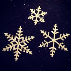 Snowflakes hama beads by Bente Madsen