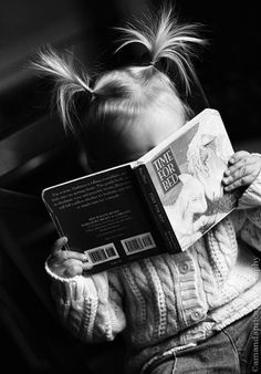 Time for bed by Amanda Price reading, read, books, children's book, photography People Reading, Woman Reading, Kids Reading, Bedtime Reading, Reading Time, Reading Books, I Love Books, Good Books, Books To Read