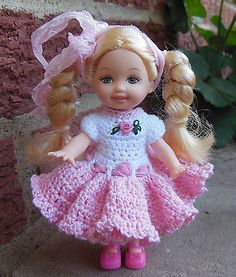 Crochet-Doll-Clothes-for-4-Kelly-same-sized-dolls