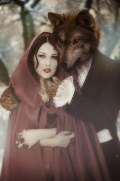 Caputxella  Vermella  i  el  llop.   M.Carme.