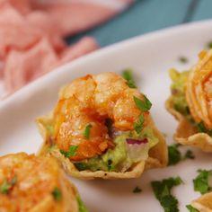 Shrimp Tostada Bites The perfect summer appetizer. Shrimp Tostada Bites The perfect summer appetizer Seafood Recipes, Mexican Food Recipes, Cooking Recipes, Healthy Recipes, Slow Cooking, Recipes Dinner, Cooking Tips, Cooking Beets, Cheap Recipes