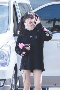 Me As A Girlfriend, Nayeon, Kpop Girl Groups, Korean Girl Groups, Kpop Girls, Fandom, K Pop, Dahyun, Ballerinas