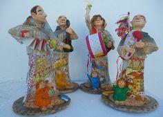Santo António. Esculturas em pasta de papel. http://papapapelfv.blogspot.pt/