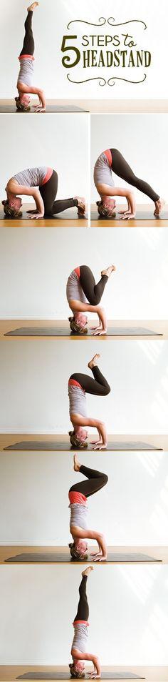 Top Yoga Workout Weight Loss : 5 steps to headstand - All Fitness Ashtanga Yoga, Vinyasa Yoga, Yoga Fitness, Sport Fitness, Fitness Tips, Yoga Inspiration, Fitness Inspiration, Yoga Pilates, Yoga Moves