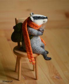 Needle felted toy badger-traveler with tea by Krupennikova Oxana. Войлочная игрушка Барсук-путешественник с чаем, сухое валяние, Крупенникова Оксана.