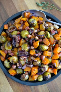 Sheet Pan Roasted Brussel Sprouts, Butternut Squash, Bacon and Red Onion Pan Roasted Brussel Sprouts, Sprouts With Bacon, Roasted Butternut, Brussels Sprouts, Eggplant Butternut Squash, Red Onion Recipes, Sprout Recipes, Thanksgiving Side Dishes, Thanksgiving Recipes