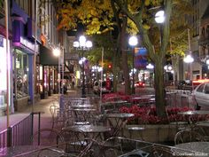 Spent many an evening strolling down Ann Arbor's Main Street when we lived in Michigan.