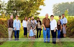 large group family photos - love how they are grouped into their separate families but still looks like a group photo.