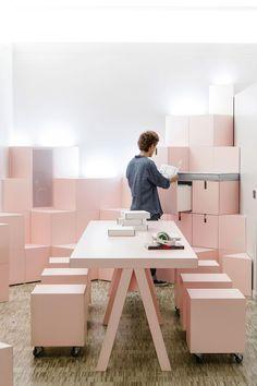 New Studio // Mathieu Lehanneur Luxury Homes Interior, Cafe Interior, Office Interior Design, Office Interiors, Workspace Design, Office Workspace, Office Decor, Mathieu Lehanneur, Architecture Design