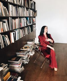 """""""Can I just sit and read here all day? Heart Evangelista Style, Imperfection Is Beauty, Pantry Design, Filipina, Classy And Fabulous, Timeless Beauty, Chic Outfits, Asian Beauty, Style Icons"""