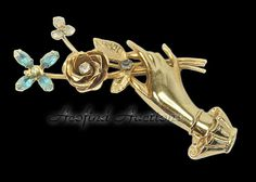 Vintage CORO Jewelry Pegasus Rose N Hand Blue Topaz Rhinestone Ladies Pin Brooch #Coro