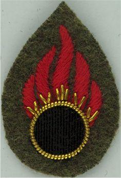 Flaming Circle - Ammunition Technical Officer Bomb Disposal- Khaki Army cloth trade badge for sale Commonwealth, Badges, Empire, British, Army, Military, Gi Joe, Badge, Federal