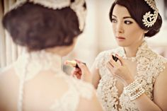 Bridal portraits in France with 4 different wedding dresses! / Axioo Photography