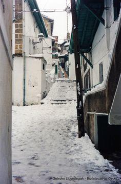 Calle del Puerto Viejo, nevada de 1985 (Cedida por Fede Cassi) (ref. 05045)