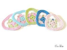 Crochet colorful hearts Set of 5 crochet hearts by CreArtebyPatty