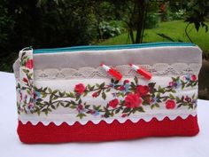 Red Hessian Pencil Case - 2 mini Pencils  Buttons - d ring Fabric Pull tab. £6.75