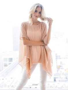 2tee Couture - Flower Top - Blush