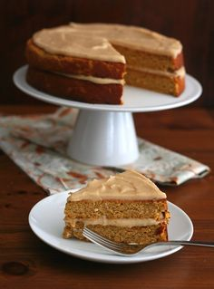 Low Carb Pumpkin Spice Cake Recipe with Brown Butter Frosting | All Day I Dream About Food