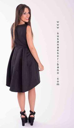 este verano lo veremos mucho  mas largo en espalda que en el delantero..¡¡¡ vete buscando tu prenda ideal.  www.susanaescribano.com