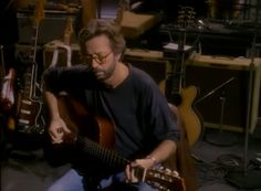 """How to play """"Tears in Heaven"""" by Eric Clapton – Easy acoustic guitar lesson"""