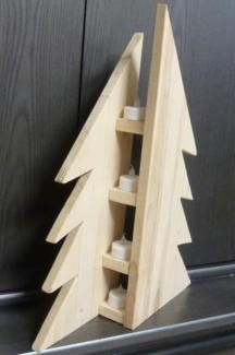 Modern fir, Christmas fir tree made of natural wood spruce glued wood), optics, . - Weihnachten - Shelves in Bedroom Wooden Christmas Decorations, Christmas Wood Crafts, Pallet Christmas, Wood Christmas Tree, Rustic Christmas, Christmas Projects, Christmas Lights, Holiday Crafts, Christmas Crafts