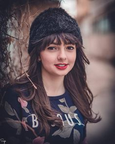sad girl wallpaper for whatsapp Cute Profile Pictures, Profile Picture For Girls, Girl Pictures, Girls Dp Stylish, Stylish Girl Images, Cute Girls, Beautiful Eyes Images, Girls Dp For Whatsapp, Hijab Fashion Summer