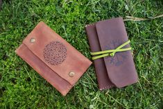 ♻ handmade with reclaimed leather ♻ Vegvisir, Celtic Knot, Compass, Card Case, Pouches, Vikings, Knots, Wallet, Trending Outfits
